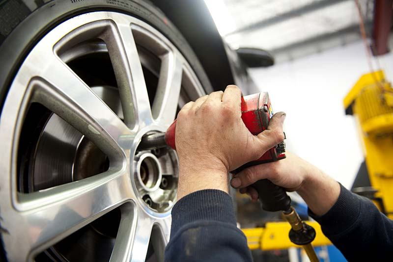 find motoring services in newport