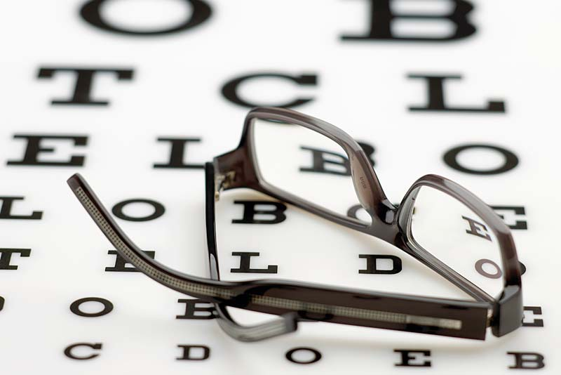 find opticians in newport
