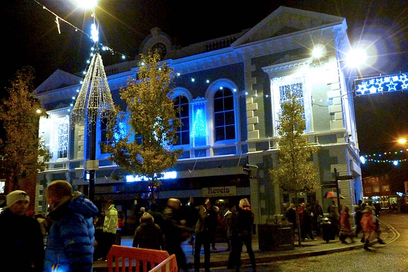 Newport Christmas Lights Switch On